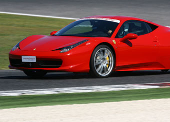 Try a Ferrari 458 Italia on racetrack with Puresport in Vallelunga