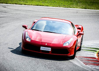 Laps on Ferrari 488 GTB in Viterbo with Puresport