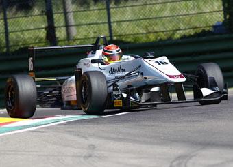 Guida una Formula 3 F316 Dallara a Tazio Nuvolari con Puresport