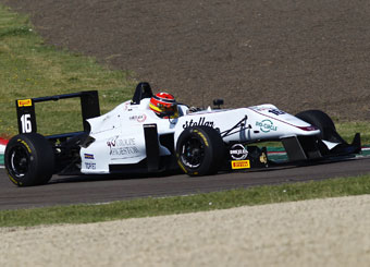 Giri di pista su Formula 3 F316 Dallara a Tazio Nuvolari con Puresport
