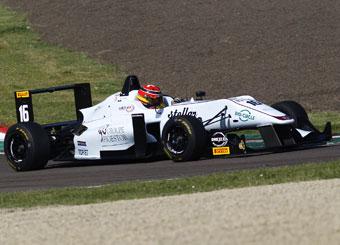 Vueltas en Formula 3 F316 Dallara en Varano con Puresport