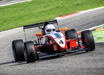 Try a Formula 3 on racetrack with Puresport in Hockenheimring