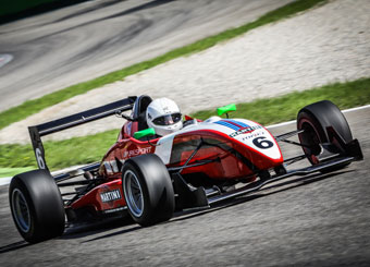 Drive a Formula 3 in Magione with Puresport