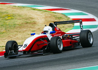 Drive a Formula 3 in Mugello with Puresport