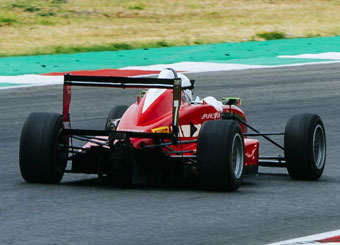 Try a Formula 3 on racetrack with Puresport in Mugello