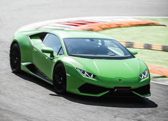 Laps on Lamborghini Huracán in Hockenheimring with Puresport